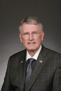 MuskogeePolitico:  6 OK County mayors endorse Banz for Assessor