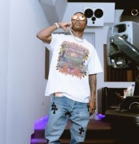 "Wizkid picks October 15th as the release date for ""Made In Lagos"" album"