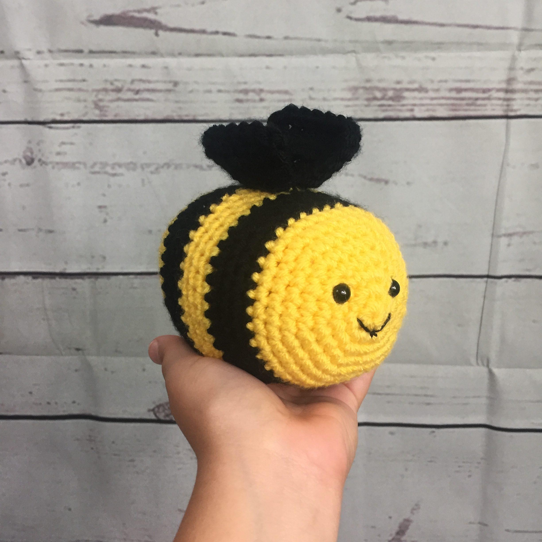 Amigurumi Bee Girl Free Pattern - Tiny Mini Design | Amigurumi ... | 2448x2448