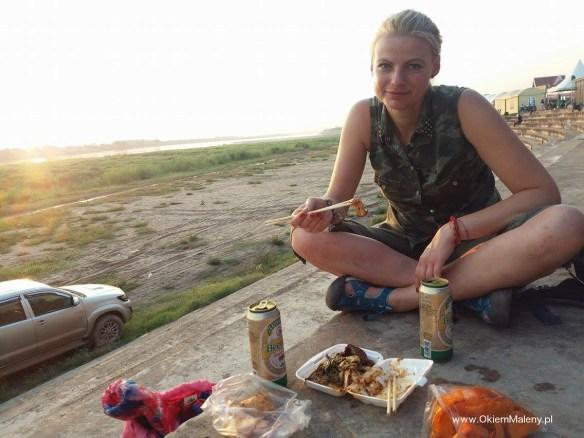 kolacja nad Mekongiem