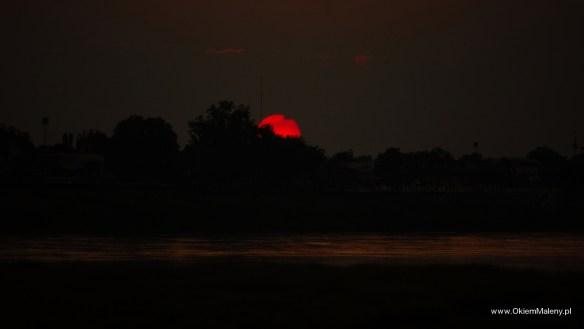zachód Słońca nad Mekongiem, Laos