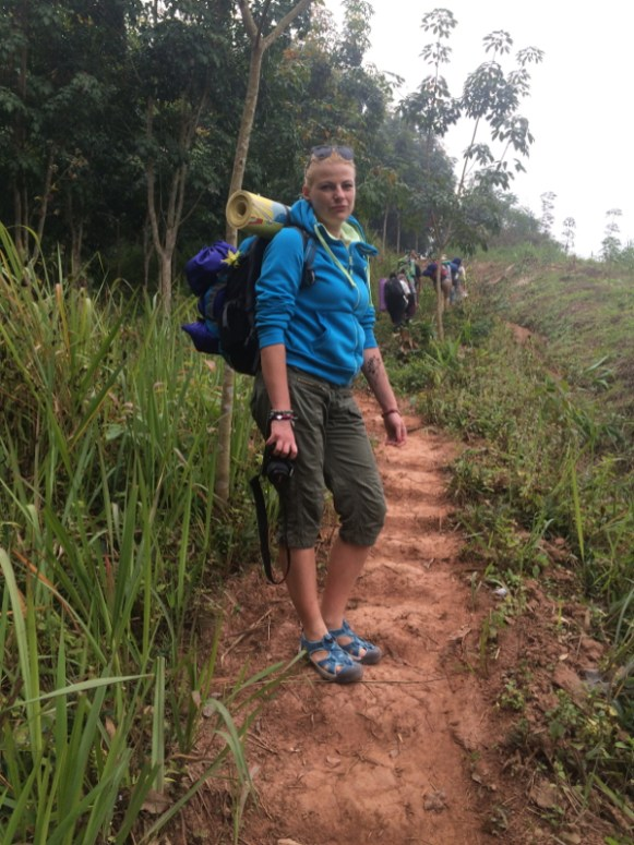 Laos, treking - chłodny poranek