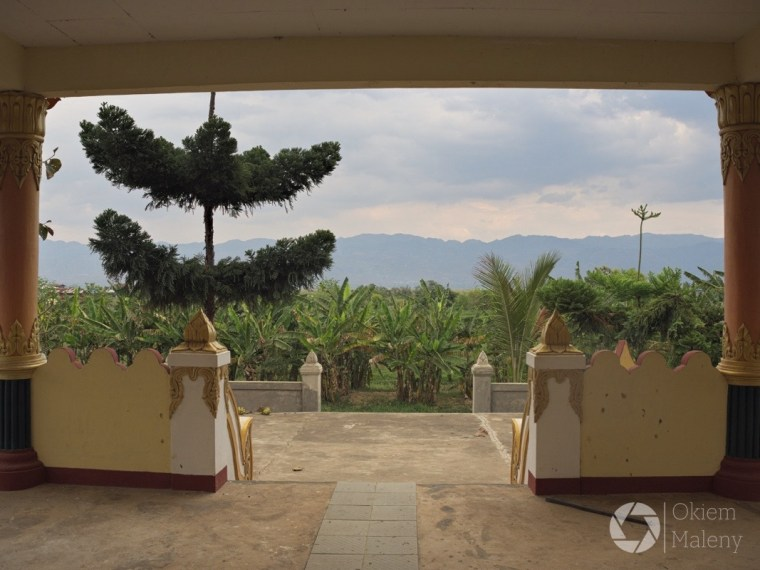 Inn Tain pagoda koło Nyaung Shwe