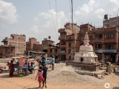 Bhaktapur - zniszczenia po trzęsieniu ziemii