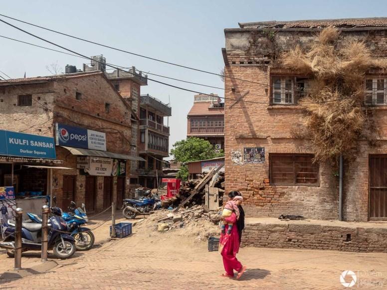 Bhaktapur - życie miasta