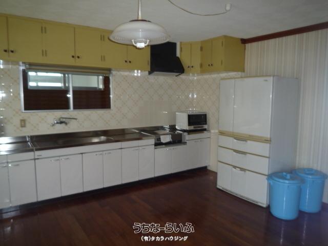 広いキッチン