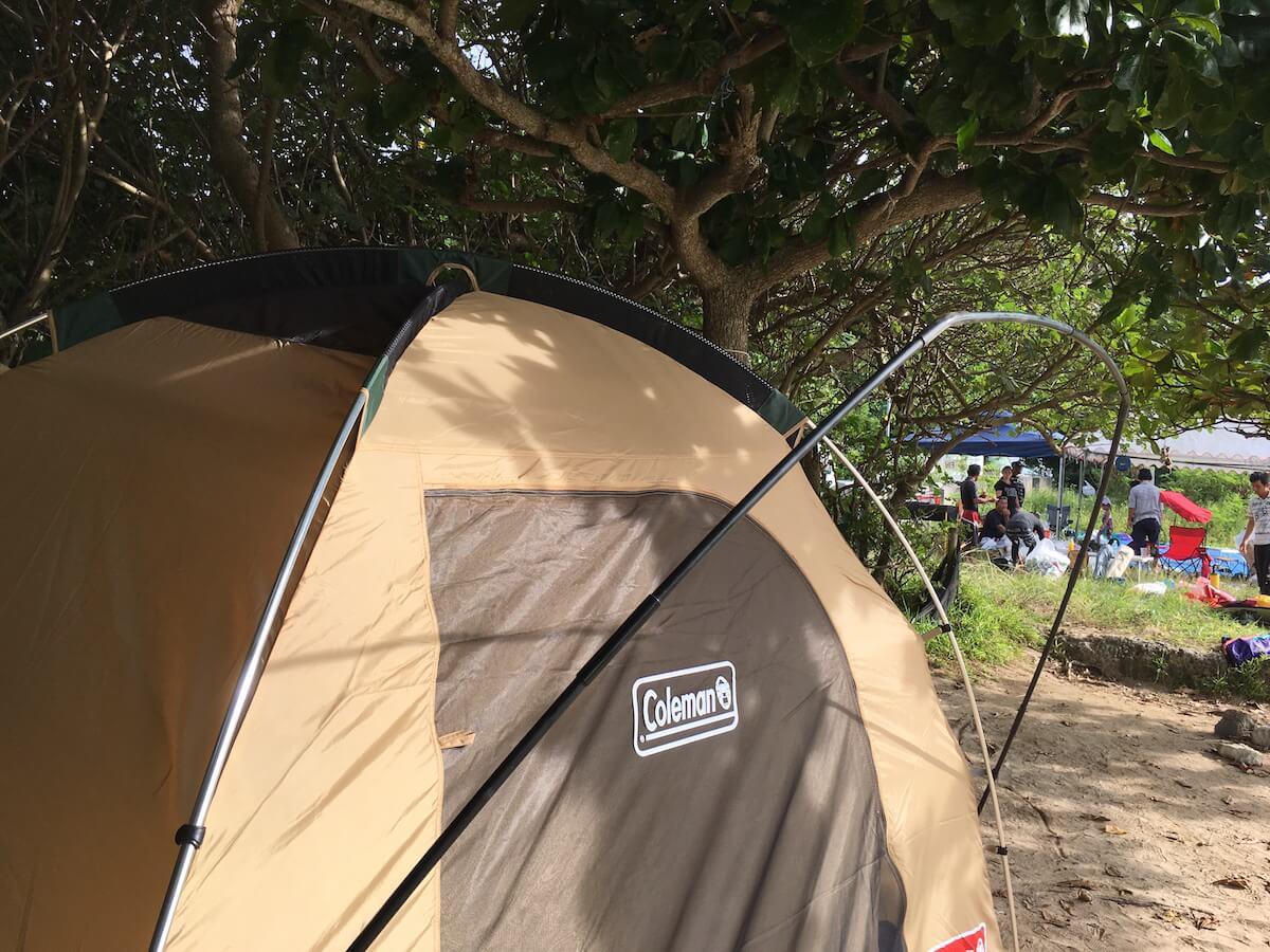 外のテントを取り付ける