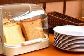 朝食風景:パン(無料)