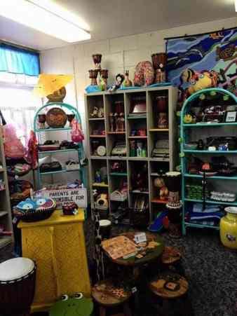 MARINE Gift Shop-004