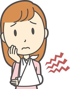 骨折で三角巾を嫌がる子供や幼児に|アームホルダーはコレがおすすめ