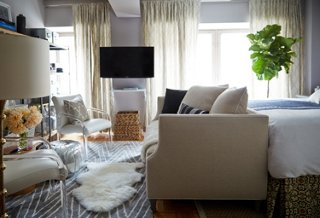 Small Space Makeover: A 400-Square-Foot Apartment