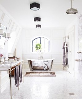 Decorating Ideas for White Bathrooms on White Bathroom Design Ideas  id=59779