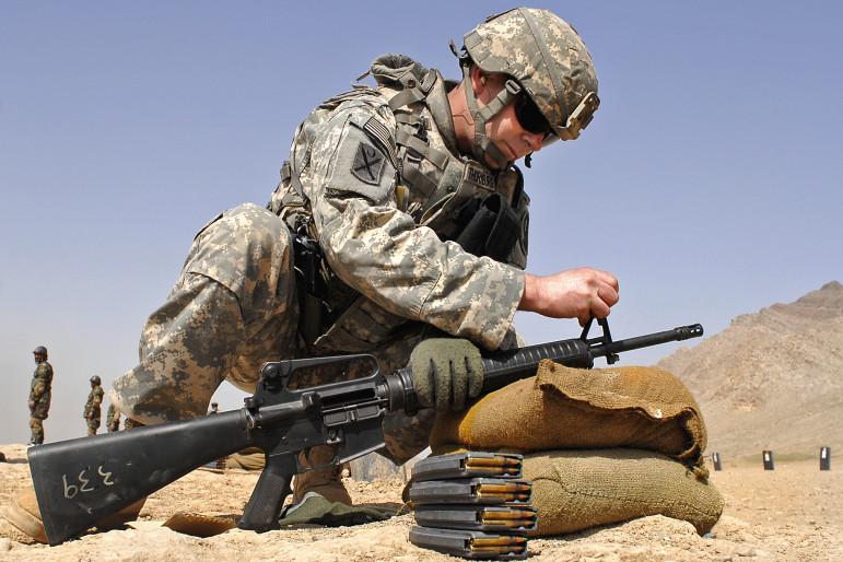 Military - M16