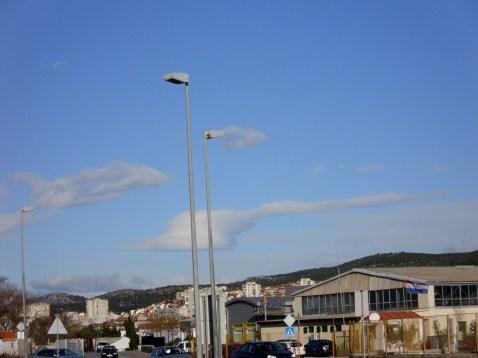 lampe i oblaci...