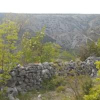 Kanjon Čikole, kamen, krš i tvrđava Ključica