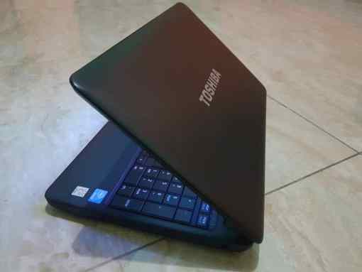 Used Toshiba laptop for sale in Accra Ghana | OK Laptops Accra Ghana