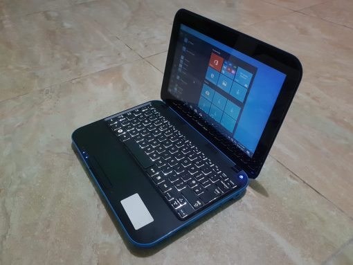 Sliglthly used Samsung NS310 for sale in Accra Ghana