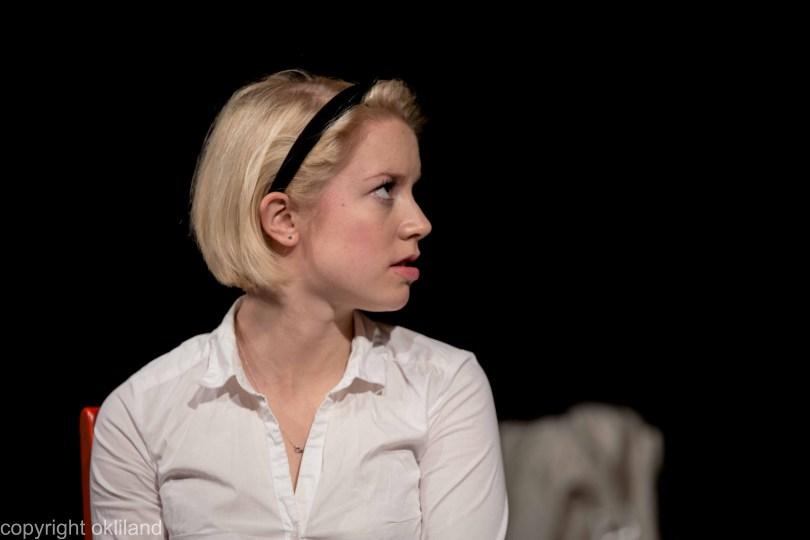 Bilde sur Teater Neuf Family Crisis av Ørjan Liland