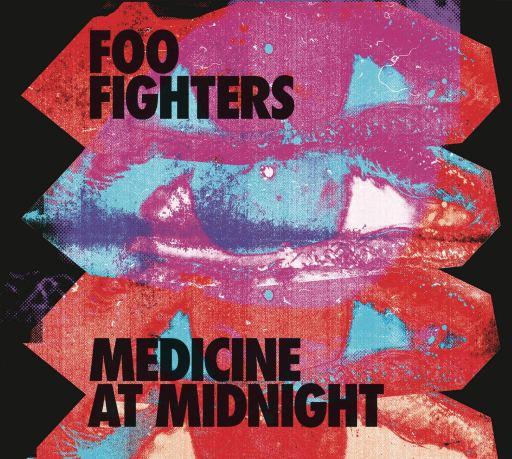 Vocais do novo álbum do Foo Fighters foram gravados no banheiro, afirma Dave Grohl