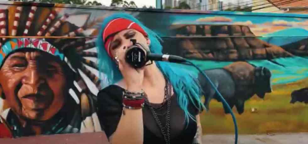 Angel Sberse, da Malvada, lança versão incrível do Van Halen