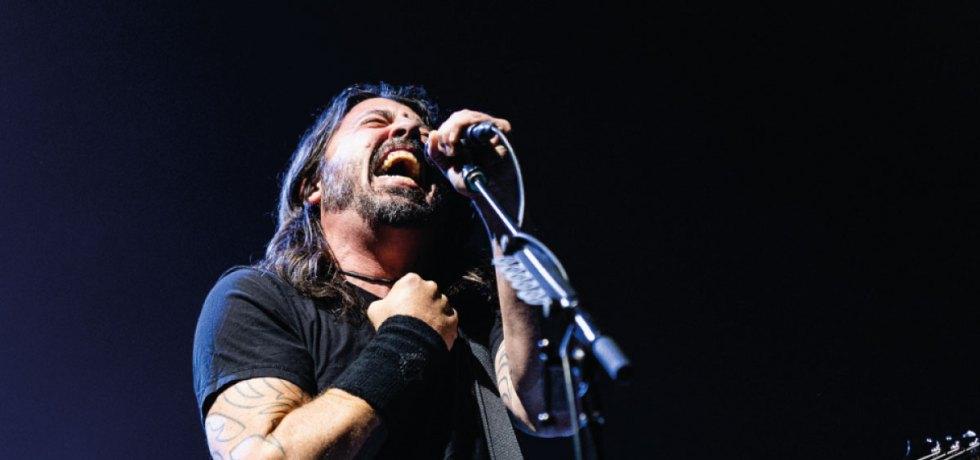 Foo Fighters reabre Madison Square Garden com show emocionante