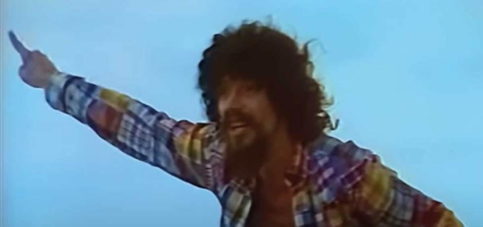 """Raul Seixas: show de 1985 e clipe remasterizado de """"Trem das Sete"""" chegam à internet"""