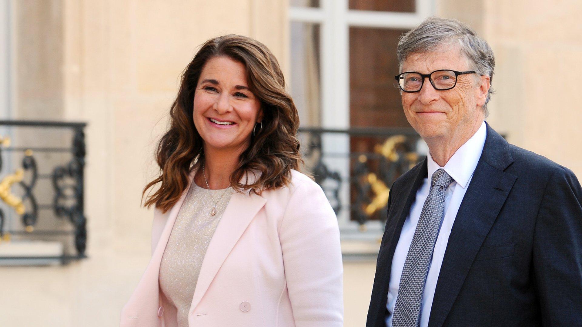 Bill Gates បានបរិច្ចាគភាគហ៊ុនរបស់ក្រុមហ៊ុន Microsoft ចំនួន ៣៥,៨ ពាន់លានដុល្លារដល់មូលនិធិ Gates