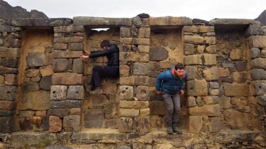 Budalizacija na ruševinama