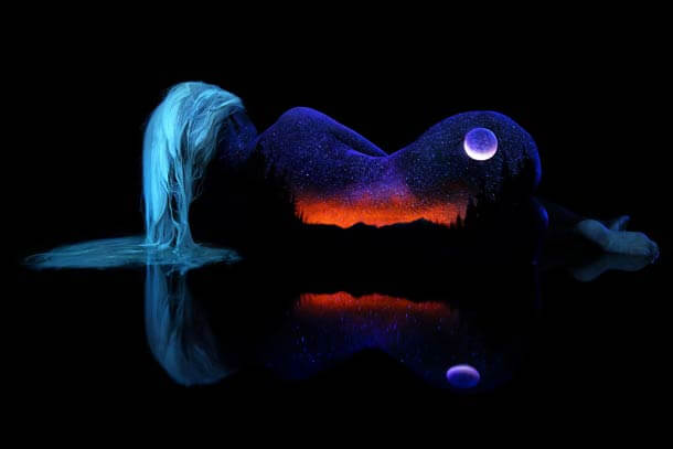 John-Poppleton-body-painting-black-light-14