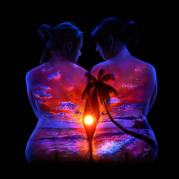 John-Poppleton-body-painting-black-light-4