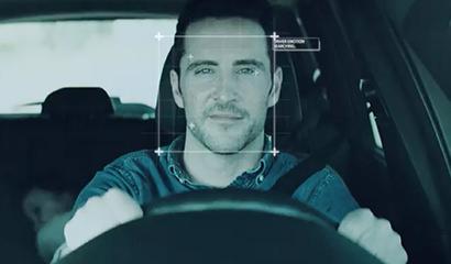 ⾼精度な顔認識技術「OKAO」