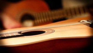 come scegliere una chitarra classica