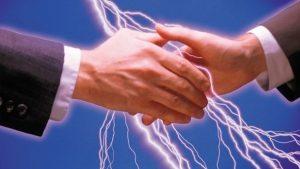 e4 300x169 - Elektrik İnsanı Nasıl Çarpıyor?