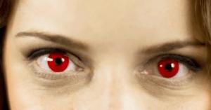 k4 300x157 - Fotoğraflarda gözler niçin kırmızı çıkıyor?