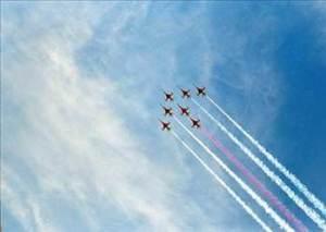 u4 2 300x213 - Uçaklar arkalarında niçin bulut bırakıyorlar?