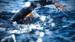 y2 4 300x169 - İnsanlar Nasıl Yüzebiliyor?