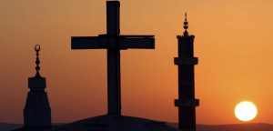 hristiyanlik 300x144 - Dünyada En Yaygın Dinler ve Bu Dinler Hakkında Önemli Bilgiler