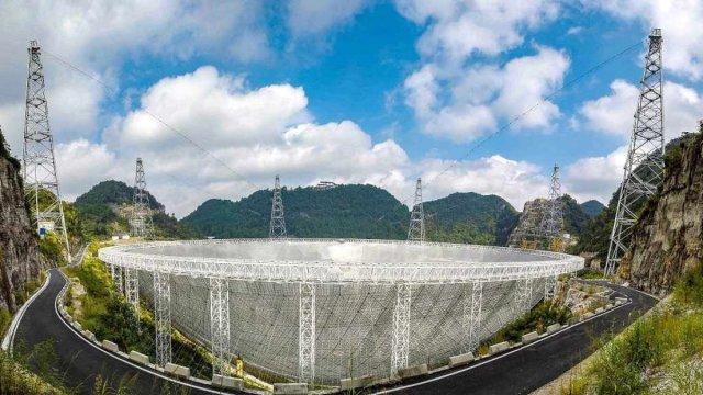 cinin gokyuzundeki gozu fast teleskobu yabanci bilim insanlarina aciliyor 3 GeCc2z9t - Çin'in gökyüzündeki gözü FAST teleskobu, yabancı bilim insanlarına açılıyor