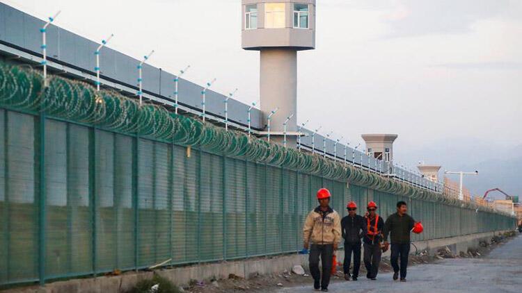 Çin'in yüz binlerce Uygur Türkü'nü pamuk tarlalarında çalışmaya zorladığı iddia edildi, OkuGit.Com - Tarih, Güncel, Kadın, Sağlık, Moda Bilgileri Genel Bloğu