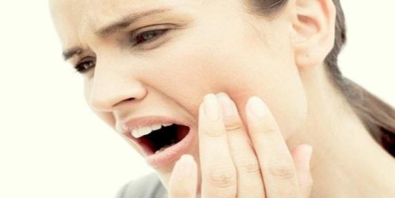 Diş Hassasiyeti Neden Olur ?