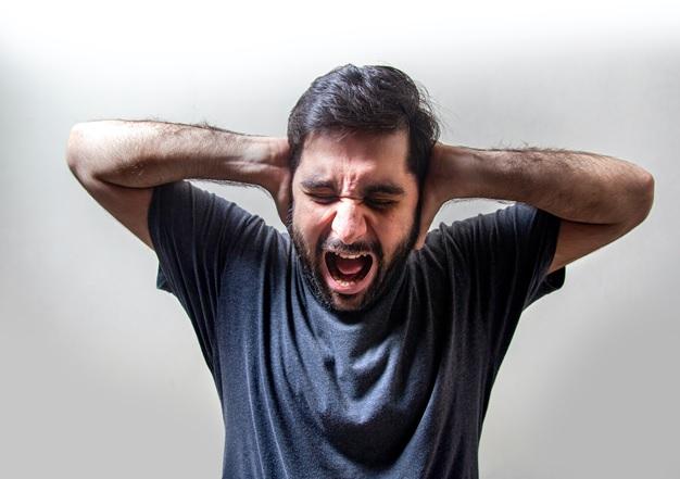 Anksiyete Atağı Nedir  Semptomları Nelerdir ?