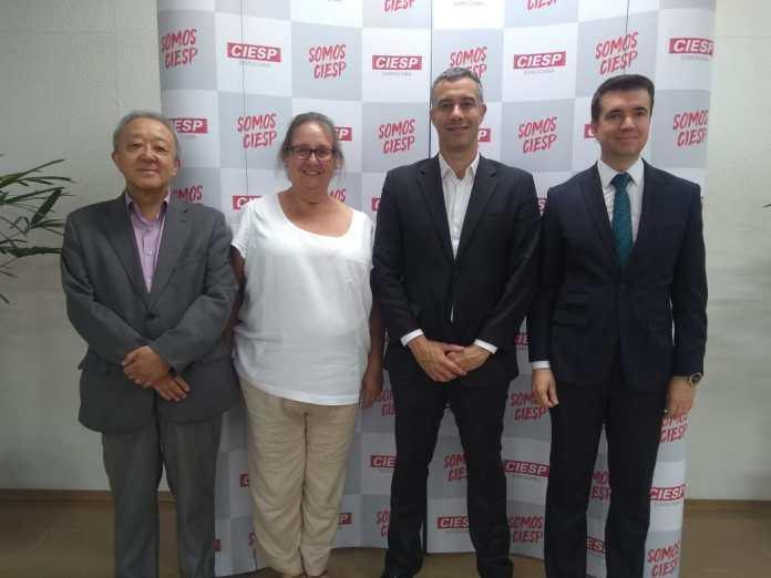 Da esquerda para direita - Mario Tanigawa, Marcia Serra, Pedro Carneiro e Rodrigo Bley.jpeg