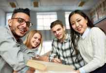 Ensino superior define ocupações nas empresas e melhores salários, diz estudo