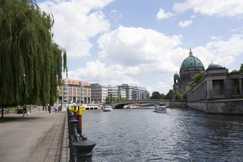 Berlin - Olamelama