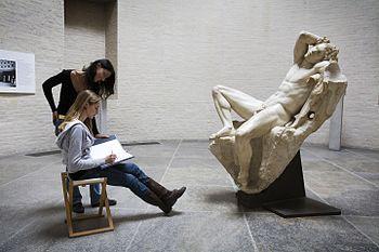A person drawing the Barberini Faun in Munich