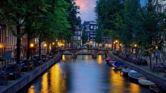 Vakaras Amsterdame