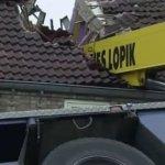 Olando pasipiršimas mylimajai baigėsi sugriautu namo stogu