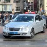 """Taksi vairuotojai parlamentui reiškia protestą dėl """"Uberpop"""""""