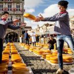 Olandijoje sūrių sezono atidarymo šventė