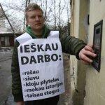 Tūkstančiai lietuvių pasiruošę dėl geros darbo vietos karjeros pradžioje plušėti už dyką